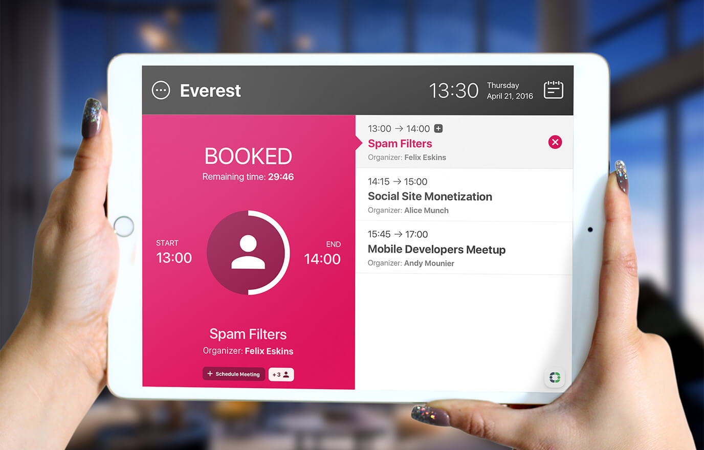 iOS-meeting-room-booking-app