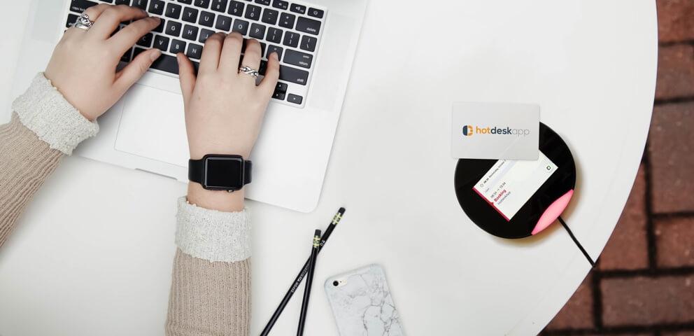 Jak vytvořit flexibilní pracovní místa? Pomůže HotDeskApp
